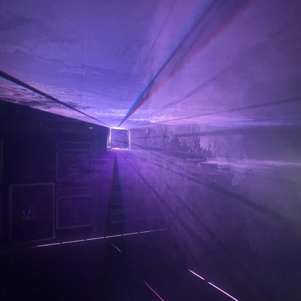 IVL Square Laser - Minuit Une